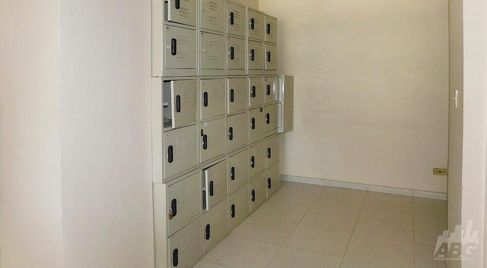 Oficina en arriendo, ubicada en La Candelaria