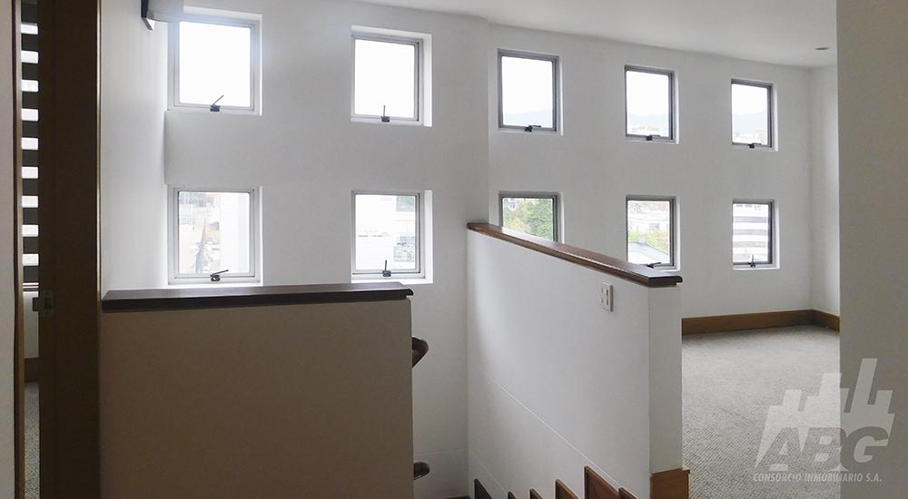 Arriendo apartamento dúplex en El Virrey