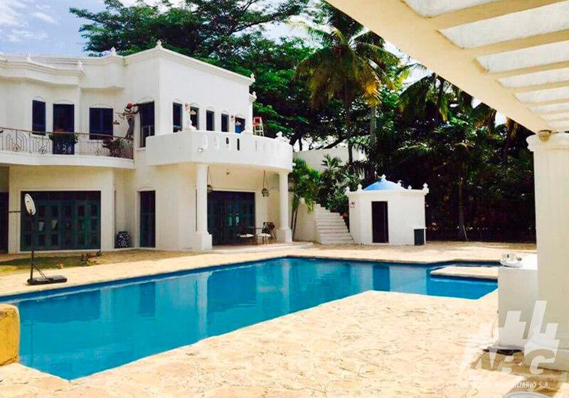 En venta Casa de 500 m² en Girardot