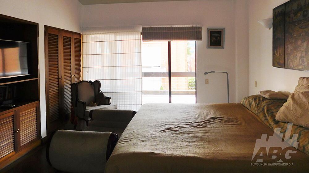 Apartamento en venta - barrio Santa Bibiana
